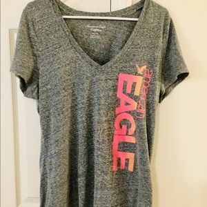 American eagle heathered grey & neon graphic tee